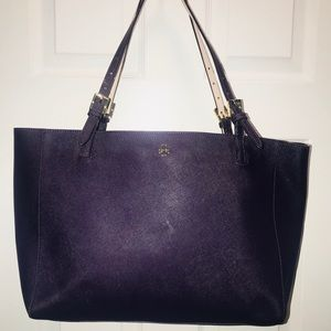 Tory Burch York Style Large Bucket Tote!!